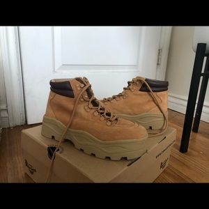 Steve Madden Timberland style shoes